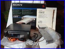 Autoradio Vintage Lettore CD Sony Cdx-5, Completo, IL Primo CD Da Auto! Anni 80