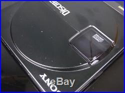 Baladeur CD player SONY DISCMAN D-90 rétro