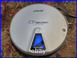 RARE SONY D-EJ01 cd Walkman + carry case Accessories Tested Working Condition