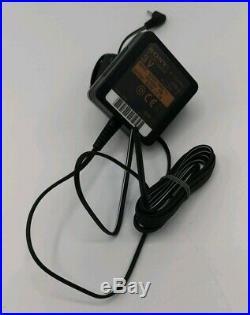 Rare Vintage Sony Discman Personal / Portable CD Player D-ne920 Walkman