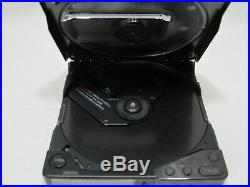 SONY D-250 DISCMAN For Parts PORTABLE CD PLAYER VINTAGE VERY RARE From JAPAN