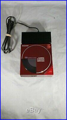 SONY D-50 CD Player 1st Compact Disc Portable withAC-D50 Power Adapter Working