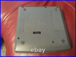 SONY D-V8000 PORTABLE VIDEO CD DISCMAN. Made in Japan. VERY RARE