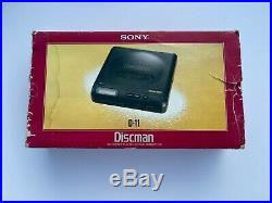 SONY DISCMAN D-11 CD COMPACT PLAYER VINTAGE MEGA BASS Made in JAPAN