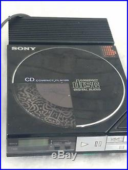 Sony Compact Disc Compact player D-5A & AC ADAPTOR AC-D50 Vintage 1985 Works VTG
