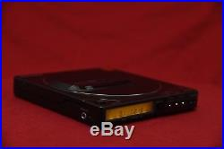 Sony D-25 Discman Portable CD Player Works great