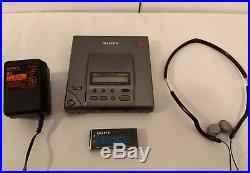 Sony D-303 Discman Portable Compact Disc CD Player 1bit DAC Mega Bass Gray