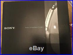 Sony D-NE10/SM ATRAC/MP3 CD Walkman Portable Personal CD Payer Silver, New