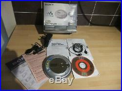 Sony D-NE711 Portable CD Player CD Walkman