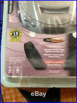 Sony Discman CD Player ESP2 Digital Mega Bass D-E200 Portable Silver + Headphone
