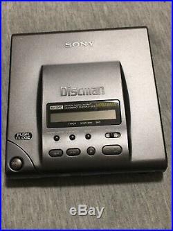Sony Discman D-303 CD Compact Player Mega Bass Read