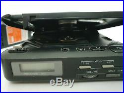 VINTAGE SONY DISCMAN PERSONAL PORTABLE CD PLAYER D-20 + POWER SUPPLY TESTED t2