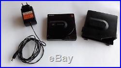 VINTAGE Sony Discman CD player D-150 Original case, power adaptor-japan