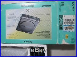 VTG SONY D-12 DISCMAN CD compact player original box Tested working