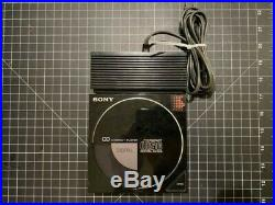 Vintage SONY D-50 Compact Disc Player with AC-D50 Adapter Dock