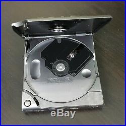 Vintage Sony CD Player Walkman Discman D303 Rare
