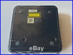 Vintage Sony D-20 Compact Disc Player Discman